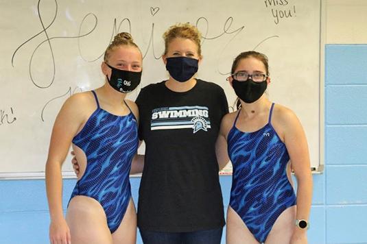 Girls Swimming Coach Jenny Gillis